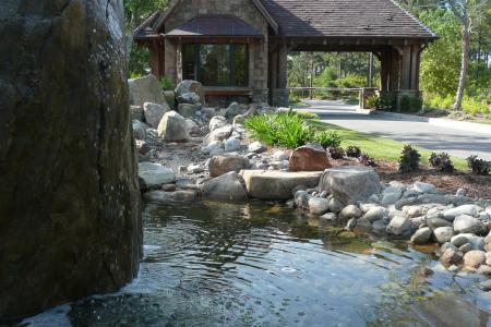 Jamie roderick - thistle gatehouse fountain